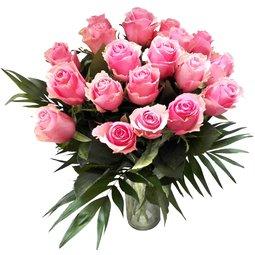 Trandafiri roz pentru ea