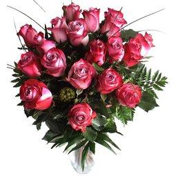 Buchet 19 trandafiri mov