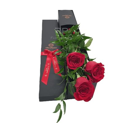 3 Red Roses Box