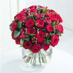 Luxury Red Roses Bouquet | Same Day Delivery Milan