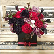 Luxury Flowers to Milan | Best Florist FlorPassion | Same Day Delivery