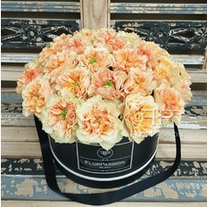 Copperfield Roses Box