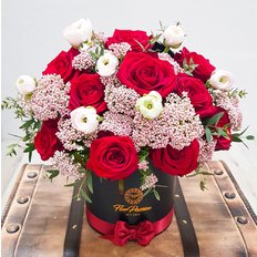 Red Roses Box | Local Florist Milan | Same Day Flower Delivery