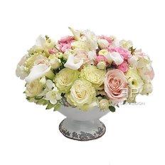 Garden Floral Arrangement | Sending Flowers to Milan e Monza